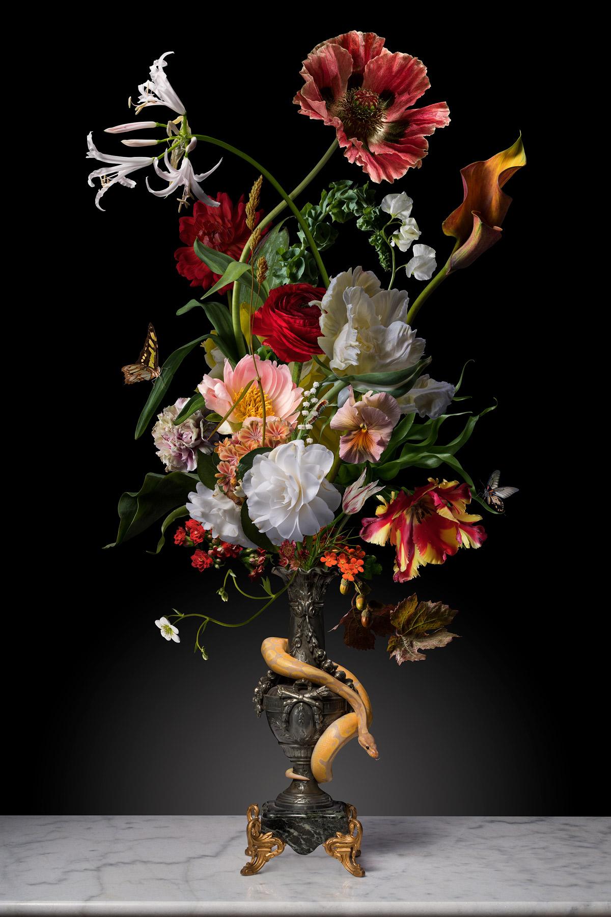 Naga by Julija Levkova
