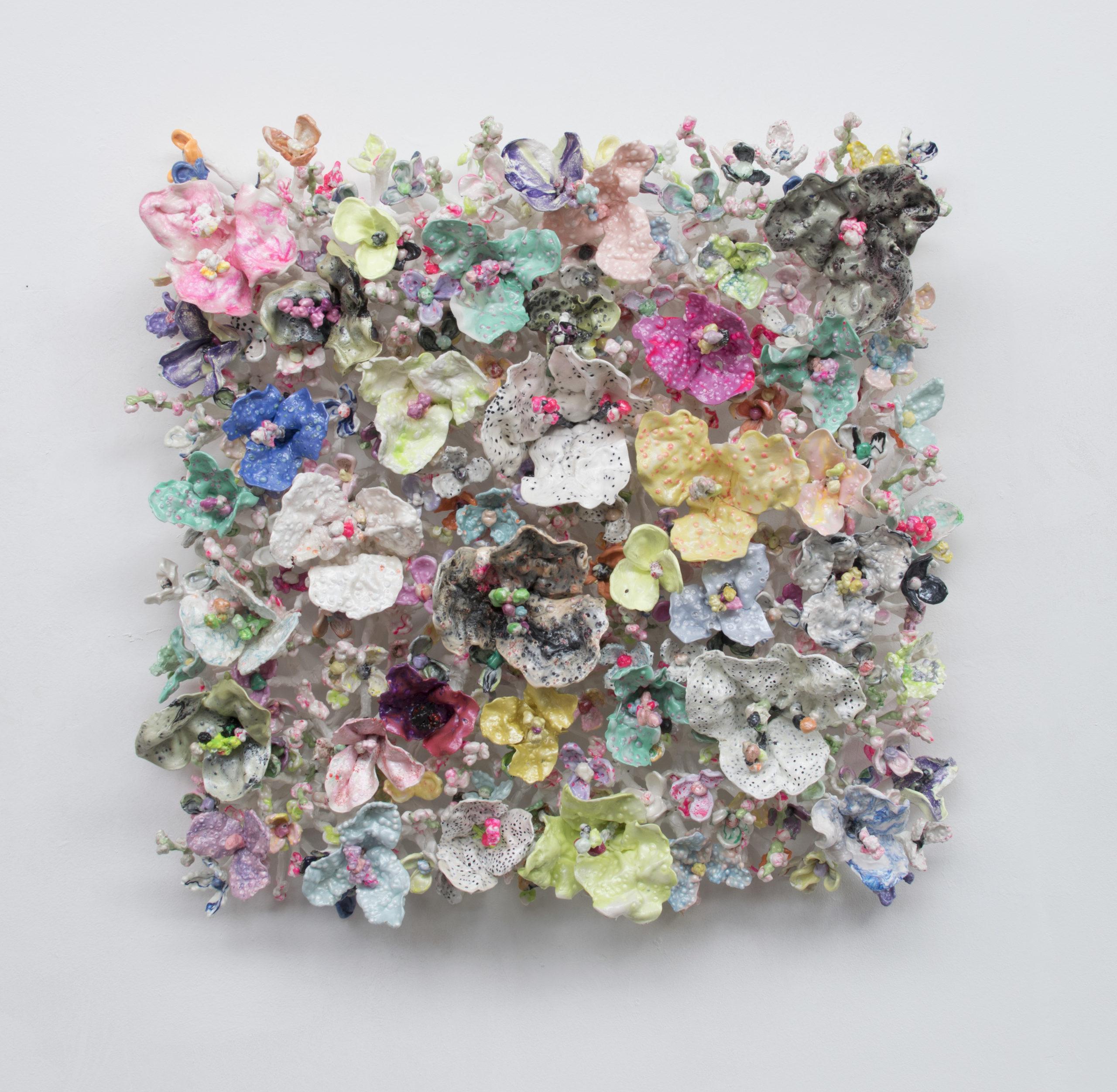 'Flower Bonanza' metallic 115x115x30cm